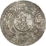Nr. 41: SAMMLUNG HORN - BRAUNSCHWEIG-WOLFENBÜTTEL. Julius II., 1568-1589. Löser zu 10 Reichstalern 1574, Heinrichstadt (Wolfenbüttel). Welter 548. Äußerst selten. Sehr schön bis vorzüglich. Taxe: 50.000,- Euro. Zuschlag: 95.000,- Euro.