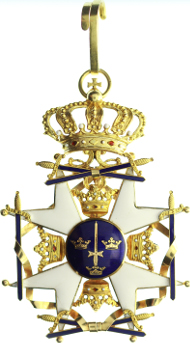 AUS 11.1 Schweden, Königlicher Schwertorden, 2. Modell, Groß- oder Kommandeurkreuz, Emailrisse, 1.950,- Euro.