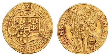 Los 366: Schlesien-Münsterberg-Oels, Joachim, Heinrich II. und Johann Georg III., 1537-1553. Dukat 1544 Reichenstein. Ausruf: 2.000 Euro, Zuschlag: 4.600 Euro.