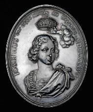 Josef I. Große hochovale Silbermedaille 1687. Krönung zum König von Ungarn. Rufpreis: 4.000 Euro.