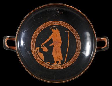 52: Attic cup of the Santa Barbara Painter. 480-470 B. C. H 9.7 cm. Diameter 24.2 cm. Estimate: 25,000 euros.