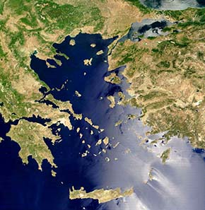 The Aegean Sea - die Dardanells were the easiest route for an army to get from Europe to Asia. Photograph: Wikipedia.