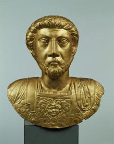 Goldbüste des römischen Kaisers Marc Aurel. Foto: SRMA, Jürg Zbinden, Bern.