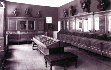 View into the first permanent numismatic exhibition in the Prince's Palais. Source: National Museum of Denmark.