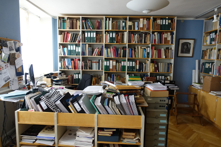 The most important numismatic library in the North. Photo: UK.