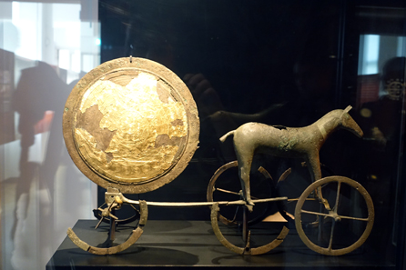 Trundholm Sun Chariot. Photo: UK.