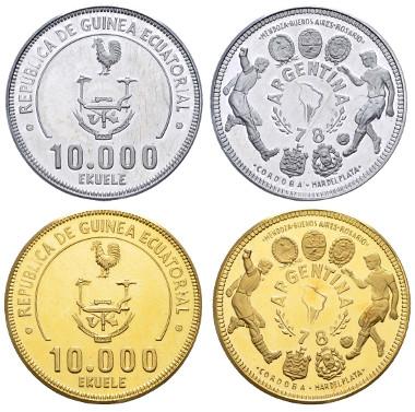 Los 1044: Übersee (Äquatorialguinea), 1978, Kollektion der Gedenkmünzen anlässlich der Fußballweltmeisterschaft in Argentinien 1978, insgesamt 25 Gepräge in Aluminium, Kupfer, Silber, Gold und Platin. Ausruf: 18.000 Euro, Zuschlag: 23.500 Euro.