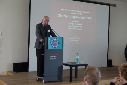Den Blick in die Nachkriegsnumismatik wirft Dr. Wolfgang Steguweit. Foto: KW.
