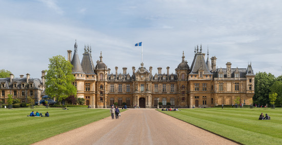 Waddesdon Manor. Photo: David Iliff. License: CC-BY-SA 3.0.