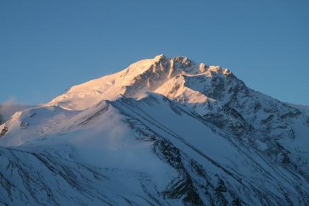 Der Shishapangma in Tibet. Foto: Wikipedia / Dirk Groeger. https://creativecommons.org/licenses/by/2.0/deed.en