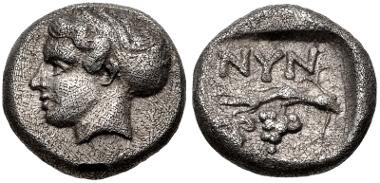 Lot 101: CIMMERIAN BOSPOROS, Nymphaion. Circa 400 BC. Diobol. Frolova, Type I, 2-5 var. (unlisted dies); Anokhin 949; MacDonald 86; HGC 7, 13; SNG Stancomb 508. Good VF. Very rare. Estimate $4000.