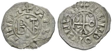 Lot 604: Benedetto IV with Ludovico il Cieco, Rome, 901-903. Denaro 901-903, CNI 3. Muntoni 2. Berman 54. MEC 1, 1066. Very rare. Some metal defects; otherwise Very Fine. Starting bid: £300.