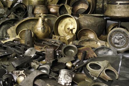 Der Hortfund von Neupotz (Auswahl), 3. Jh. n.Chr. Material: Silber, Bronze, Eisen. © Historisches Museum der Pfalz Speyer. Foto: Peter Haag-Kirchner.