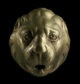 Löwenkopf aus dem Hortfund von Neupotz, 3. Jh. n. Chr. Material: Bronze. © Historisches Museum der Pfalz Speyer. Foto: Dr. Martin Mörtl.