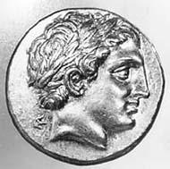 2 (2) SNG Tübingen 1061. Philipp II., postumer Stater, Pella um 323 v. Chr., Gewicht 8,61 g. Vs: Frühhellenistischer Apollonkopf. Rs: Wagenlenker mit Zweigespann.