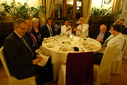 German researchers, coin collectors and coin dealers, sharing a table during the social dinner: Dr Bernhard Weisser / Berlin (at the far left), Dr Helmut Schubert / Frankfurt with his wife (at the far right), and the members of the Bremer Numismatischer Mittagstisch (center). Photograph: UK.