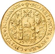Los 1757: Sigismund III. Wasa 1587-1632 10 Dukaten (Portugaleser) 1592, Riga. Sehr schön-vorzüglich. Schätzpreis: 30.000 Euro.