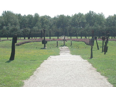 The battlefield monument at Mohács. Photograph: Neoneo13.
