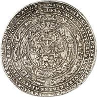 Nr. 2: BRAUNSCHWEIG-WOLFENBÜTTEL. Julius, 1568-1589. Löser zu 5 Reichstalern 1574, Heinrichstadt (Wolfenbüttel), ausgeprägt im Gewicht von 4 1/2 Reichstalern. Äußerst selten. Sehr schön. Taxe: 20.000,- GBP.
