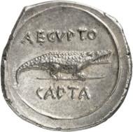 Nr. 8549: RÖMISCHE KAISERZEIT. Augustus, 30 v. Chr. bis 14 n. Chr. Denar, 28 v. Chr., italische Münzstätte. Aus Auktion Tkalec (2011), 134. Sehr selten. Vorzüglich bis Stempelglanz. Taxe: 35.000,- Euro. Zuschlag: 55.000,- Euro.
