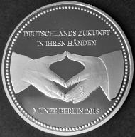 2015 / .333 Silber / 32,5 mm / Design: Stefanie Lindner, Münze Berlin.