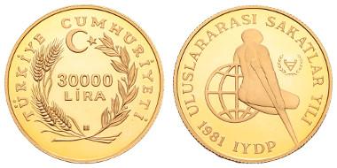Los 2428: Türkei, Republik. 30.000 Lira, 1981. London 31,95 g. Internationales Jahr der Behinderten, DICKABSCHLAG-Piedfort. Ausruf: 20.000 Euro, Zuschlag: 20.000 Euro.