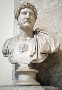 Büste des Kaisers Hadrian, heute Kapitolinische Museen in Rom. Foto: FollowHadrian / https://creativecommons.org/licenses/by-sa/4.0/deed.de