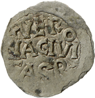 Die älteste, einwandfrei datierbare Veroneser Münze: Ein unter Rudolf von Hochburgund (923-926) geprägter Denar, dessen Rückseitenaufschrift Verona als Prägeort nennt. Rizzolli-Pigozzo Abb. 2.