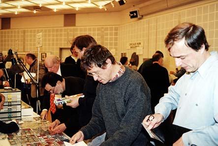 A view of the exhibition hall at the World Money Fair in 2000.