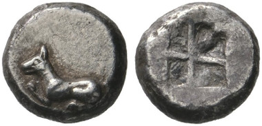 59 Greeks. Thraco-Macedonian tribes. Olynthos in Pangaion. 1/3 stater, 530-510, Thasian (Babylonian) standard. Extremely rare. Extremely fine. Estimate: 1,500 euros. Starting price: 900 euros.