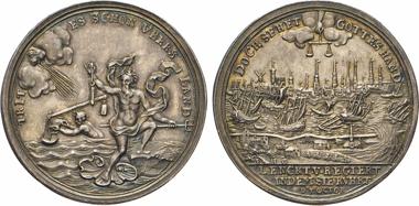 Los 42: Hamburg. Silbermedaille 1756 (v. P.H. Goedecke) auf die große Wasserflut am 7. Oktober. Gaed. 1895 (I.89). Oetl. 1205. Kirsten 1008. Brett. 1815.