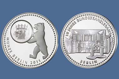 Münze Berlin, Jahresausgabe 2011. Durchm. 32,5 mm. Legierung: 500/1000 Silber. Gestaltung: Katharina Naudszus / Manuela Hähnel.