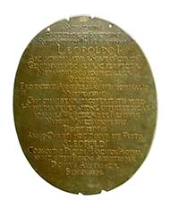 Alchemical medallion, 1677. Emperor Leopold I (1657-1705) and his third wife Eleonor Magdalene of Pfalz-Neuburg (1655 -1720), medallist: John Permann (working around 1657 until at least 1694), gold-silver-copper (cast), 7200.4 g, oval shape, height 374 mm, width 301 mm. Vienna Coin Cabinet, inv. 27 bß.