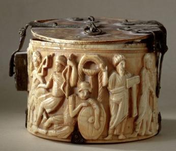 Pyxiden-Reliquiar mit Szenen der Wiederauferstehung. Foto: R. Barradi © Musées cantonaux du Valais, Sion.