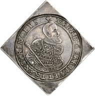No. 624: Hungary. Wladislaus II, 1490-1516. Quadruple reichstalerklippe 1626 CC, Kaschau. Dav. 4716. Very rare. Extremely fine. Estimate: 100.000 euros.