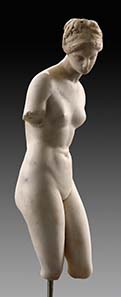 No. 1: SPECIAL OBJECTS. Statuette of Aphrodite, marble. Hellenistic, late 2nd cent. B. C. H 34.3 cm. - Estimate: 20,000; final price: 115,000 Euros.