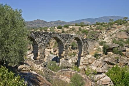 Aquädukt von Incekemer, Türkei. Foto: Klaus Grewe.