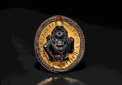 Ehrenmedaillon 1677 auf den Großen Kurfürsten Friedrich Wilhelm von Brandenburg. Schätzpreis: 8.000 Euro. © Hermann Historica oHG 2016.