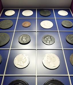 Medaillen dürfen natürlich ebenso wenig fehlen. © Tom Lucas.