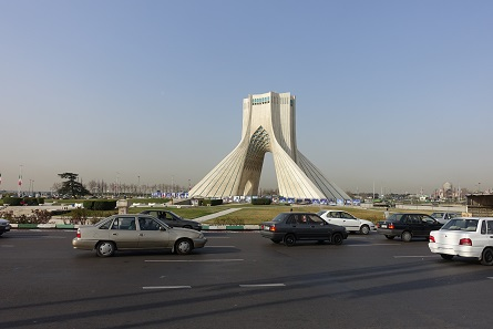 The Azadi Tower (= Freedom Tower), a landmark of modern Tehran. Photo: KW.