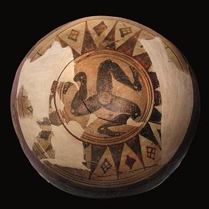 Ceramic dinos with triskelion, fired clay, Palma di Montechiaro, Sicily, c.650-600 BC. Museo Archeologico Regionale di Agrigento. © Regione Siciliana.