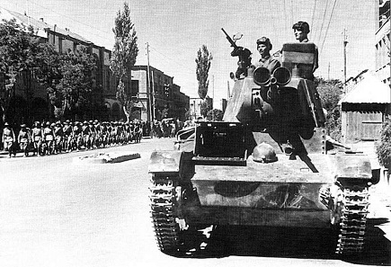 Soviet tank in the streets of Tabriz during the 1911 invasion. Source: Wikipedia.