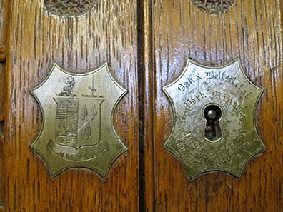 Coin cabinet made of wood from the York Minster. Image: UK.
