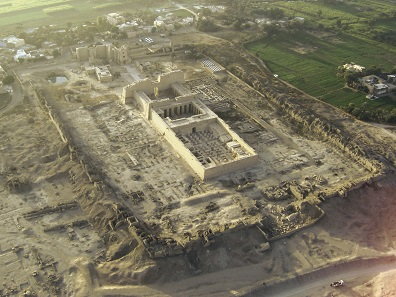Aerial view of the Medinet Habu Temple of Ramses III where the labyrinth was located under ground. Photograph: ThomasSD / Wikimedia Commons.