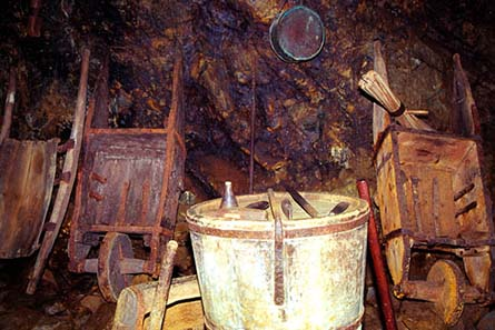 Tourist mine at Falun. Source: Wikipedia.