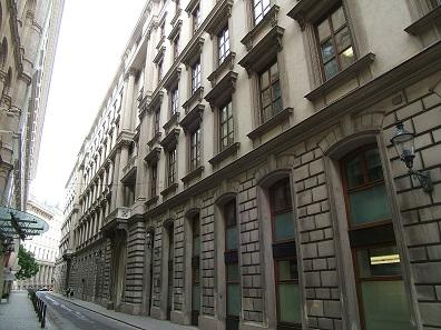 Das ehemalige Palais des Wilhelm Albrecht von Montenuovo, Wien, Strauchgasse. Foto: Erich Schmid / http://creativecommons.org/licenses/by-sa/3.0