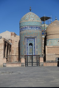 Mausoleum tower of Safi-ad-din. Photo: KW.