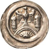 Los 2031: Walter II. (1135-1176). Brakteat. Berger 1476, Slg. Löbbecke 219. Sehr seltenes und attraktives Exemplar. Schätzpreis: 1.000 Euro.