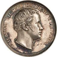 Los 2507: Wilhelm I. Silbermedaille, 1863. 50-Jahrfeier der Befreiungskriege gegen Napoleon und des Aufrufs An mein Volk. Slg. Henckel 2773. Äußerst selten. Schätzpreis: 650 Euro.