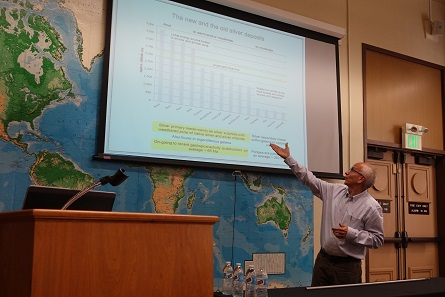 Saul Guerrero elaborated on the importance and, most of all, the costs of mercury when used for the amalgamation process. Photograph: UK.
